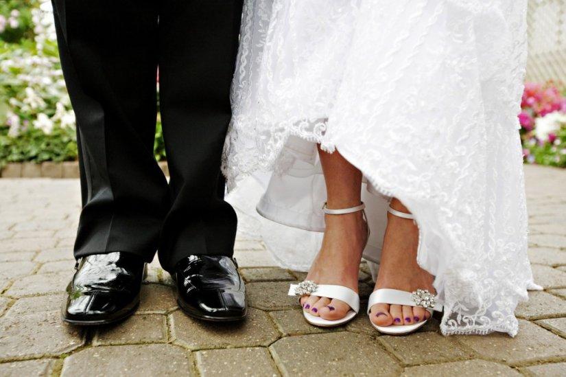 Маникюр и педикюр невесты