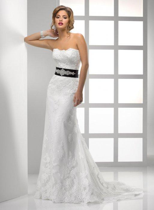 Декор свадебного платья