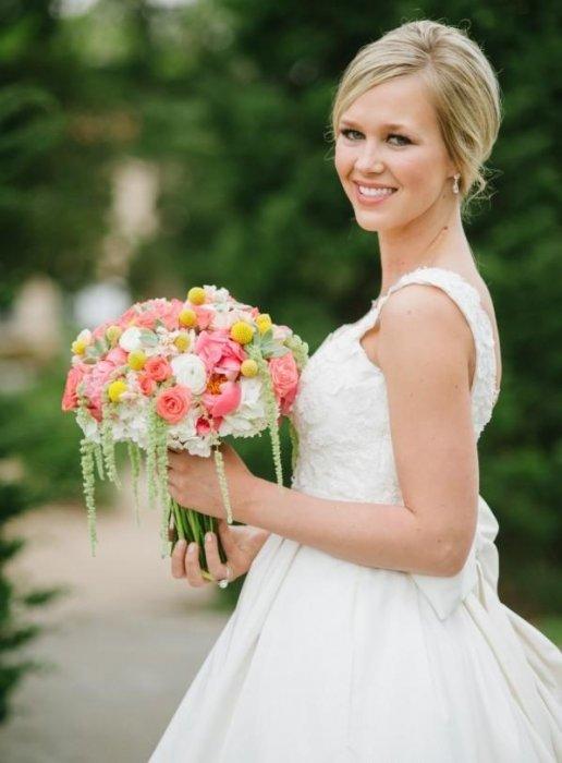 Свадебный букет - Свадебный и Fashion фотограф   700x516